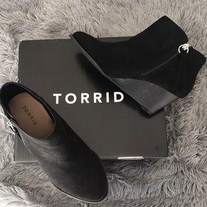 Torrid Wide-width Black Wedge Ankle Booties